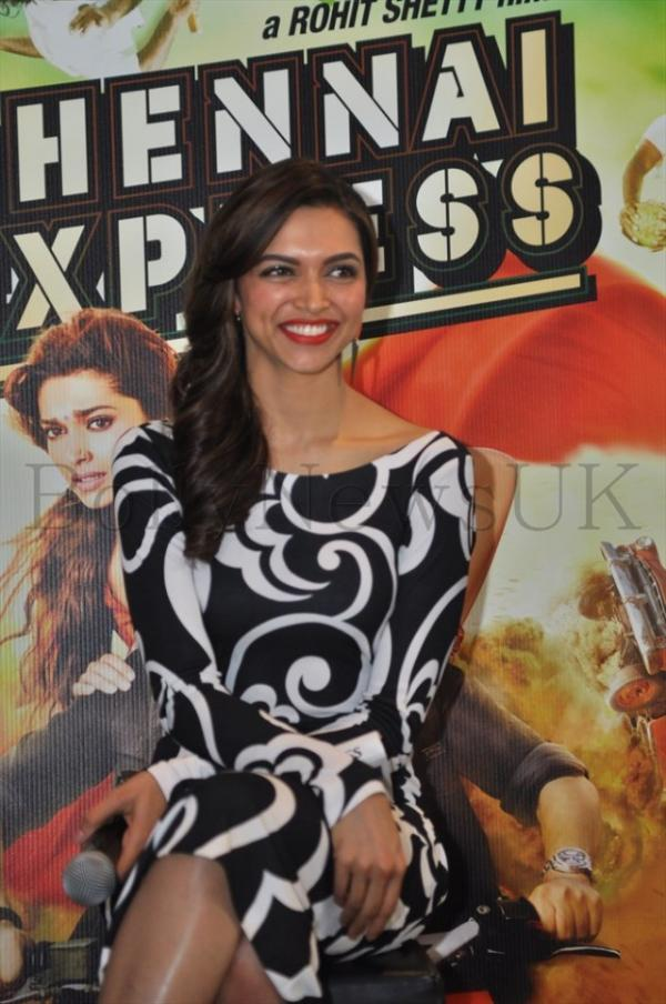 Glamour Deepika Padukone Cool Look During The Promotion Of Chennai Express In London