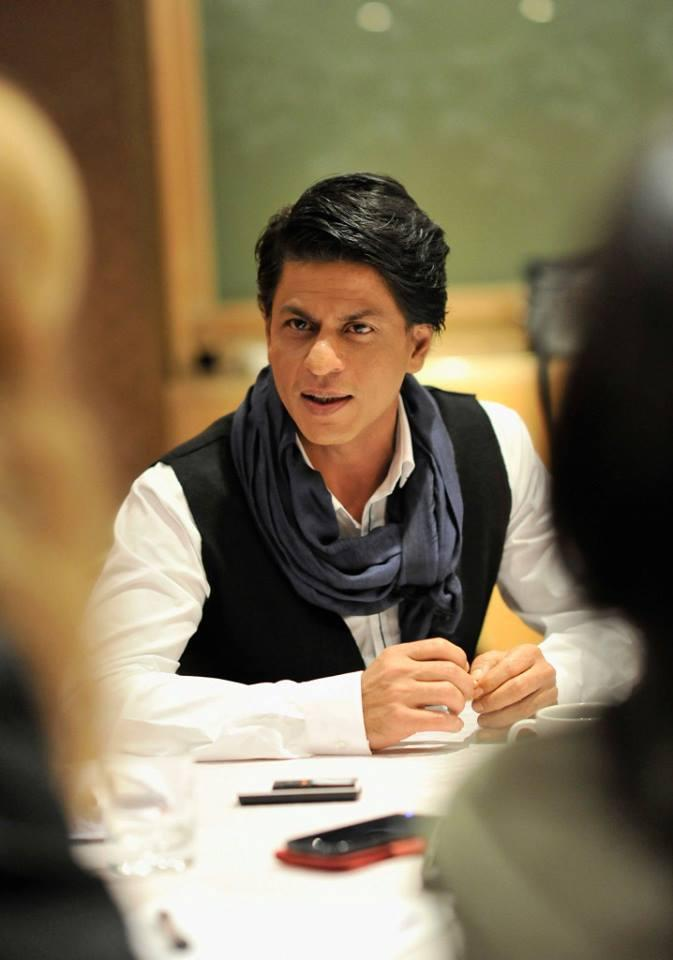 SRK Addresses The Media At London During The Promotion Of Chennai Express