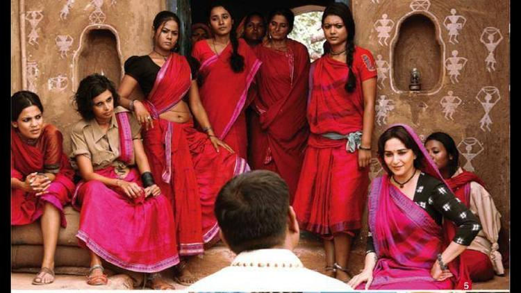 Madhuri Dixit Village Lady Role Still In Gulaab Gang
