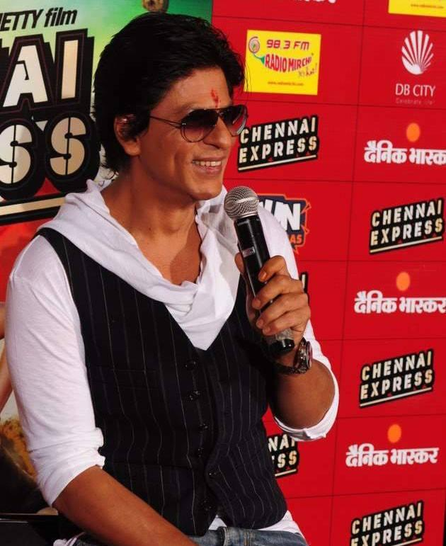 Shahrukh Khan Smiling Look During The Promotion Of Chennai Express At Fun Cinemas In Bhopal