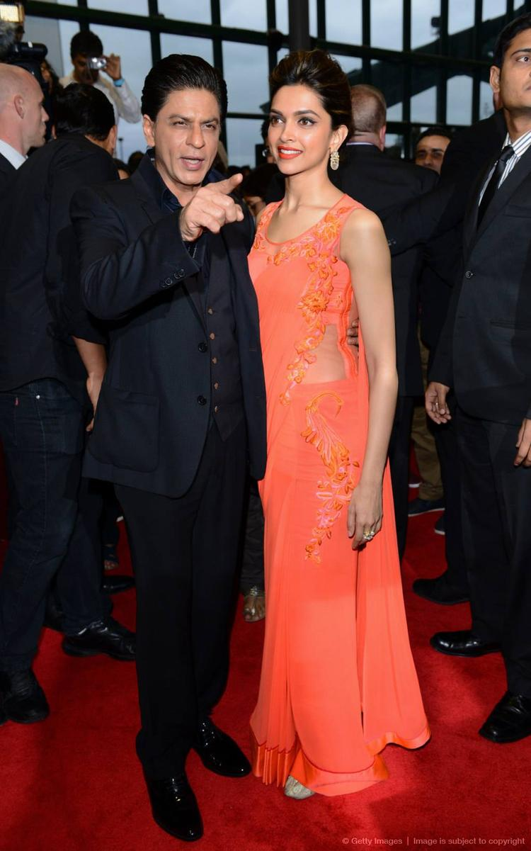 SRK And Deepika On Red Carpet During The Promotion Of Chennai Express At Cineworld Feltham In London