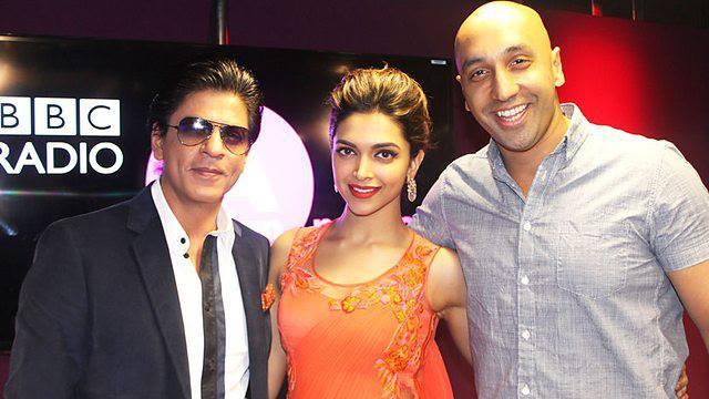 SRK And Deepika Stunning Look During Chennai Express Premiere At Cineworld Feltham In London
