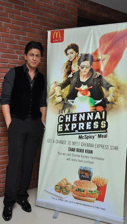 Shahrukh Khan Posed With Chennai Express McSpicy Meals Poster During The Promotion Of Chennai Express