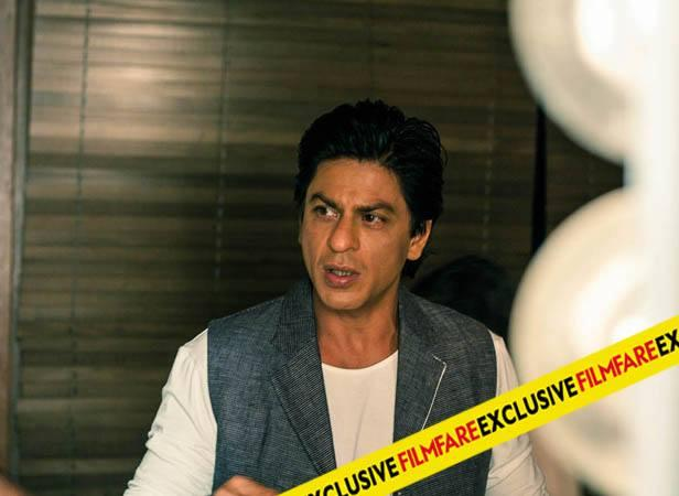 SRK Nice Look On The Sets Of Filmfare Magazine August 2013 Issue Photo Shoot