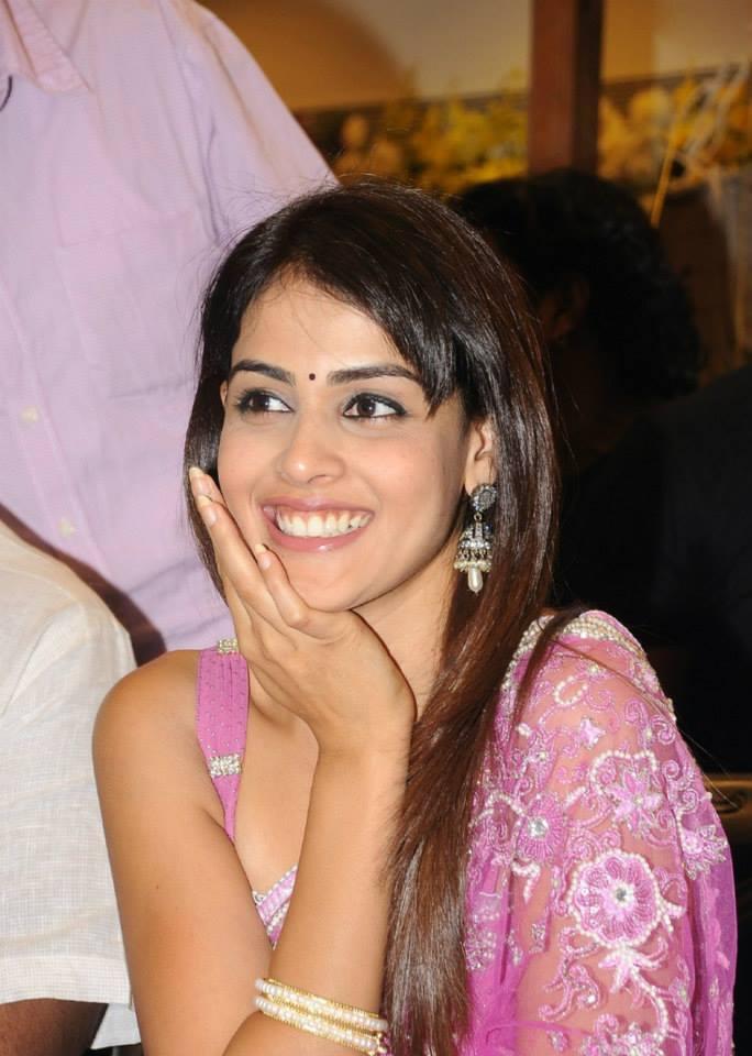 Bubbly And Vivacious Young Actress Genelia D'Souza Gorgeous Smile Pic