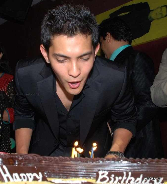 Aditya Narayan Happy Birthday Latest Photo