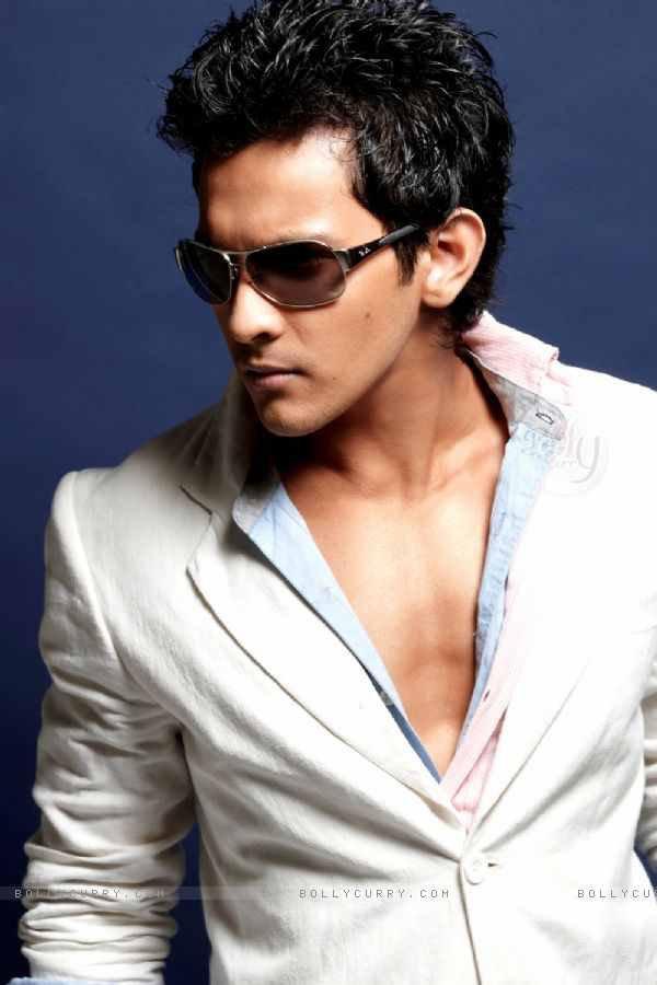 Aditya Narayan Latest Stylist Photo Shoot In White Blazer