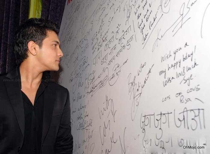 Style Icon Aditya Narayan Handsome Still