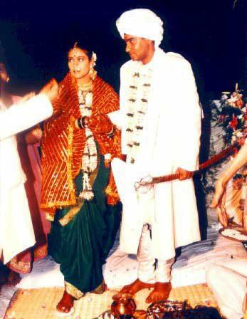 Kajol Devgan And Ajay Devgan Wedding Pic