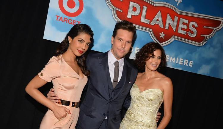 Priyanka And Teri Hatcher Posed For Camera At The Premiere Of Disney's Planes