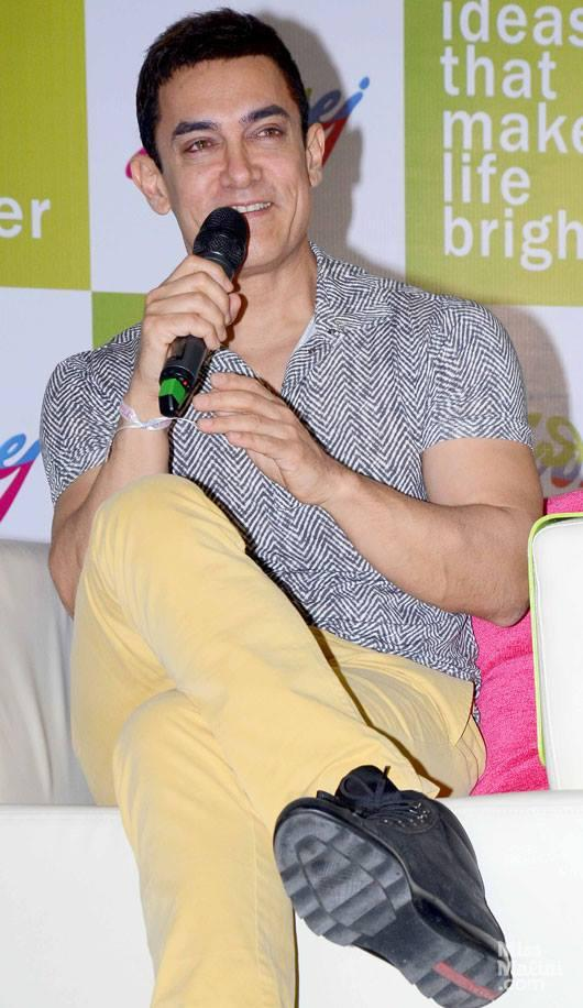 Aamir Khan Visits Godrej Employees