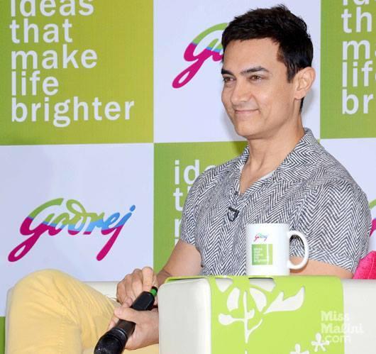 Bollywood Superstar Aamir Khan Visited The Sprawling Godrej Campus