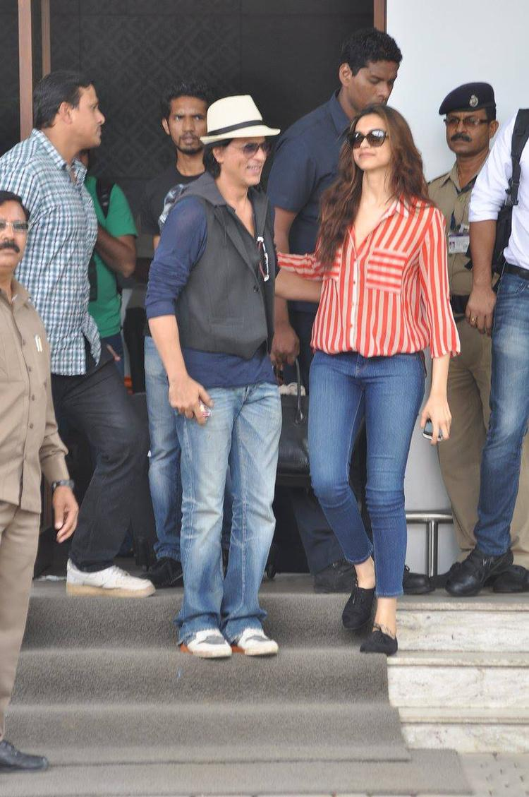 SRK And Deepika Back To Mumbai After Promotion From Delhi