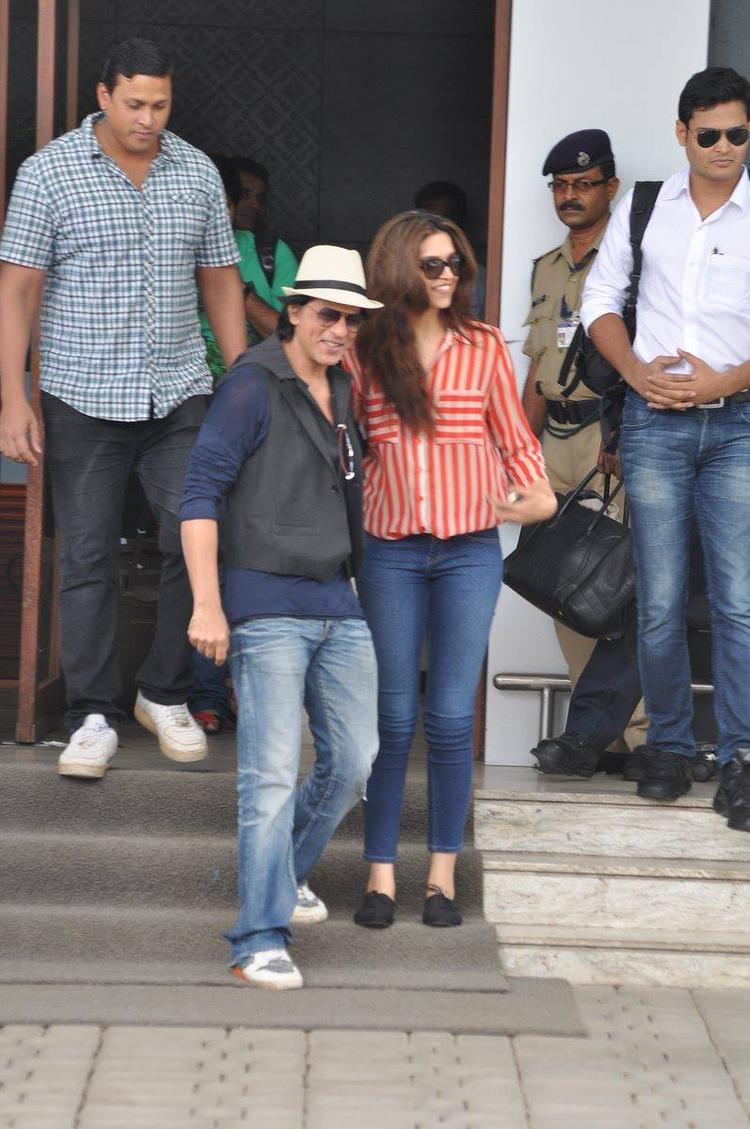 SRK And Deepika Fashionable Look Still
