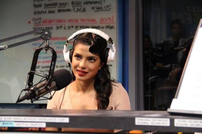 Priyanka Chopra Glamour Dazzling Look On 1027kiis FM At LA