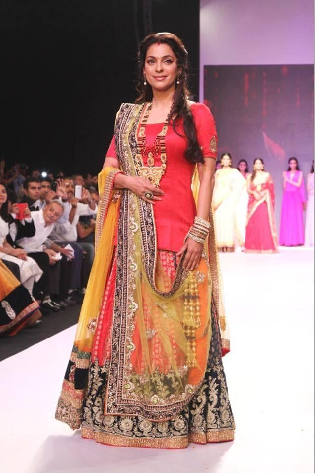 Juhi Chawla Walks The Ramp For Shringar- House Of Mangalsutra On Day 3 Of IIJW 2013