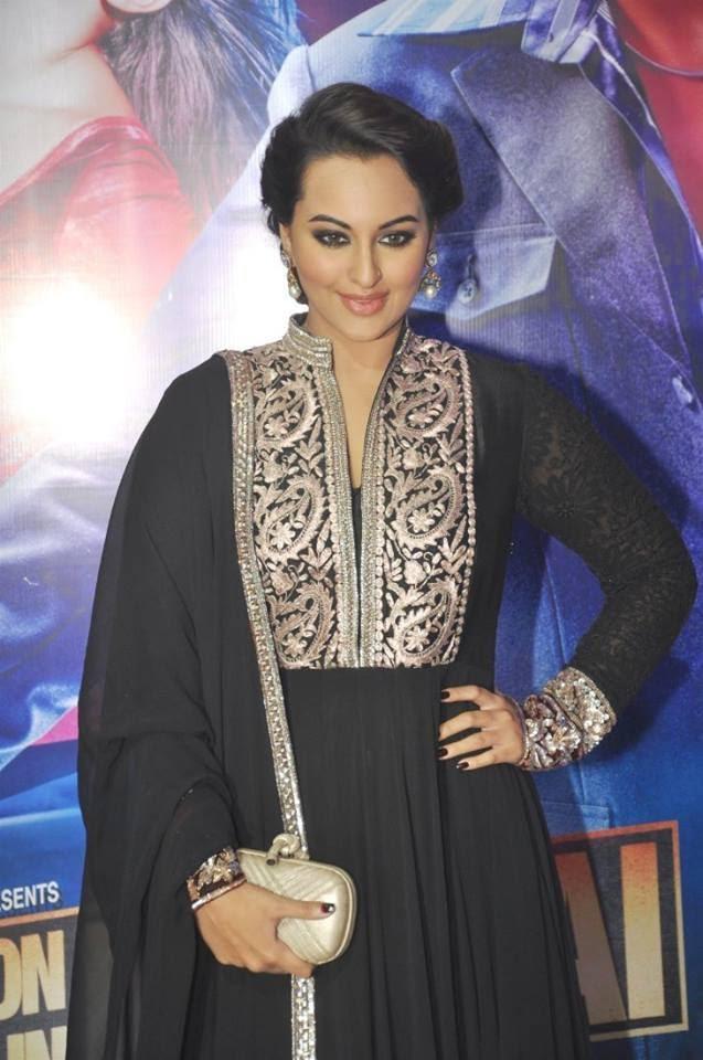 Sonakshi Sinha In Black Dress At Ekta Kapoor's Iftar Party For OUATIMD Promotion