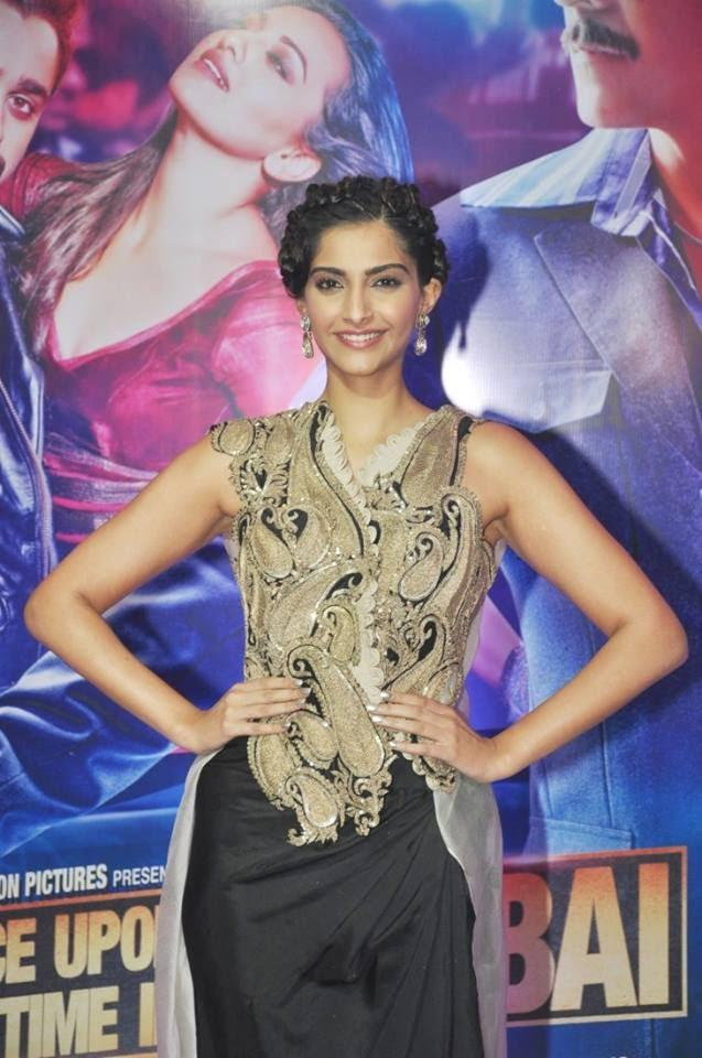 Sonam Kapoor Looking Fab In This New Design Outfit At Ekta Kapoor's Iftar Party