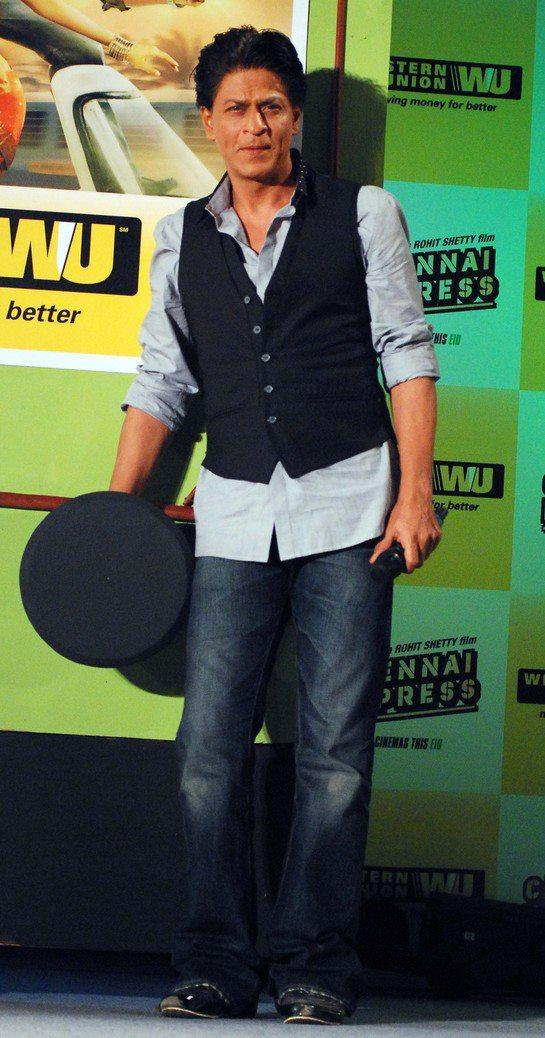 SRK Arrives At Chennai Express Promotion In Association With Western Union