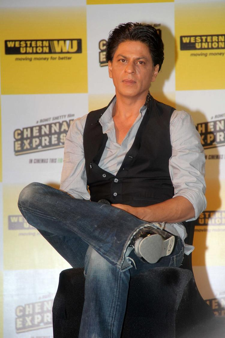 SRK Present At Chennai Express Promotion In Association With Western Union