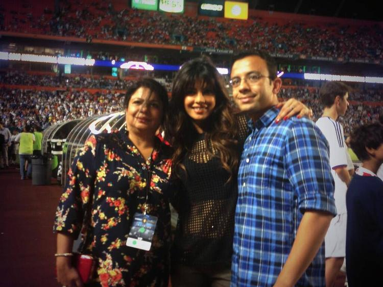 Priyanka Posed With Friends At Real Madrid Vs Chelsea Match, International Champions Cup 2013