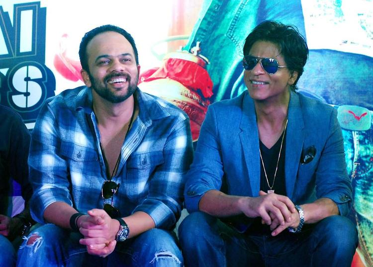 Rohit And SRK Cool Smiling Look At The Promotion Of Chennai Express At K Lounge