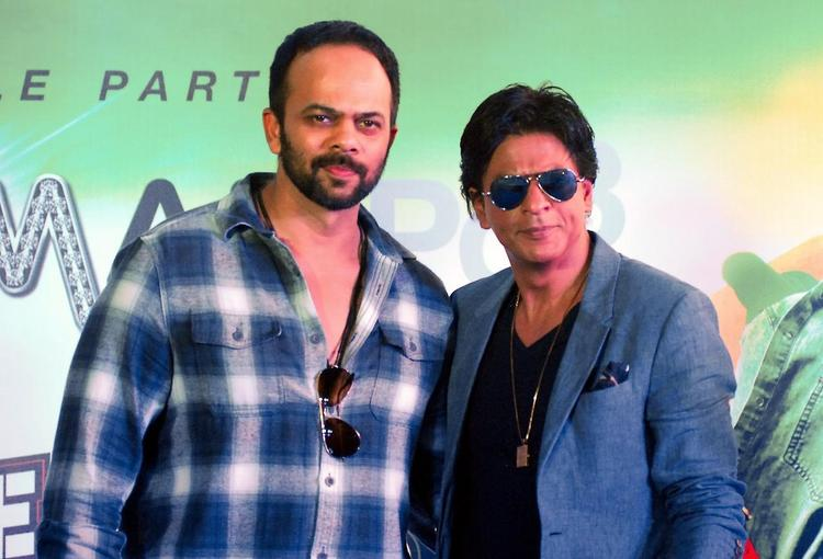 Rohit And SRK Posed During The Promotion Of Chennai Express At K Lounge