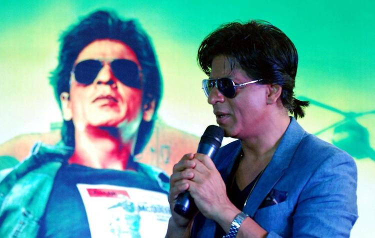 SRK Addresses The Media During The Promotion Of Chennai Express At K Lounge
