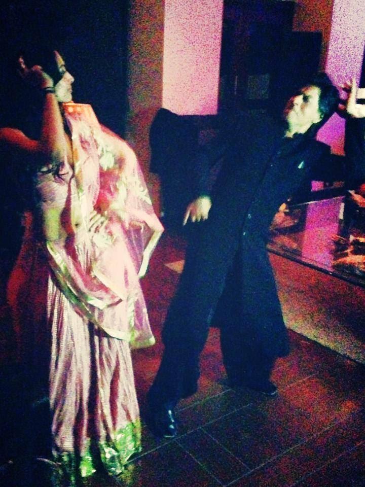 Shah Rukh Shaking A Leg With Malaika Arora Khan During Celebrating Eid Party