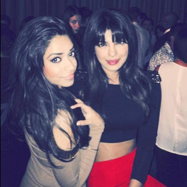 Priyanka Chopra Cool Gorgeous Look In Red Lippy With A Fans In Lasvegas