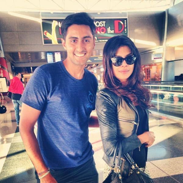 Priyanka Chopra Glamour Look With A Fans In Lasvegas