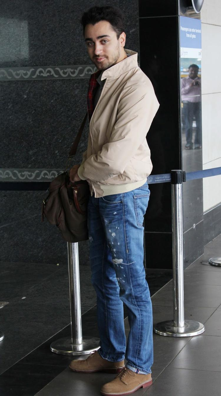 Imran Khan At Airport To Leave Dubai For Promotion Of OUATIMD