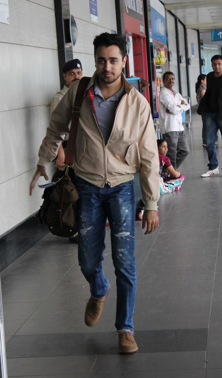Style Icon Imran Khan Snapped At Airport To Leave Dubai For Promotion Of OUATIMD