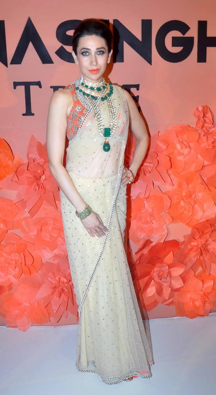 Karisma Kapoor Looks Hot In Net Saree At IIJW 2013