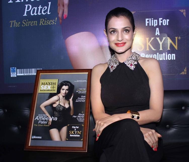 Ameesha Patel Beauty Smile Pic During The Of Launch Maxim Magazine Special Issu