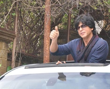 SRK Leaves His Banglow Mannat For Chennai Express Success