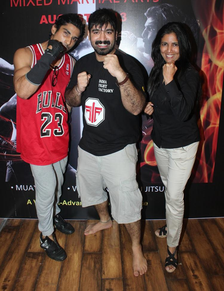 Prateik Babbar Action Pose During The Launch Of Gold Gym's Mixed Martial Arts Event