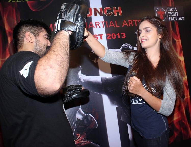 Shazahn Padamsee Gets Into Some Action During The Launch Of Gold Gym's Mixed Martial Arts Event