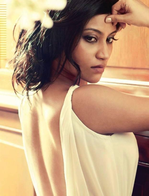 Konkona Sen Sharma Hottest Photoshoot Scan From Maxim India