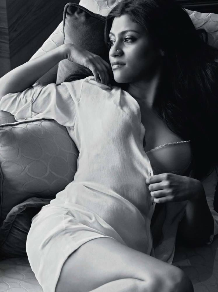 Konkona Sen Sharma's Hottest Photoshoot Ever For Maxim Aug 2013