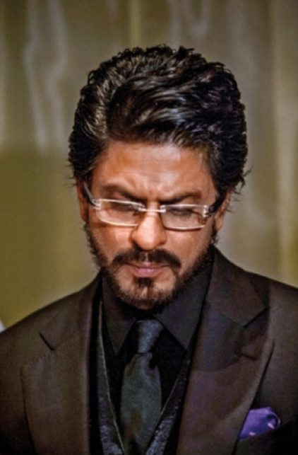 SRK Smart Look On The Sets Of A Promotional Photo Shoot For Chennai Express
