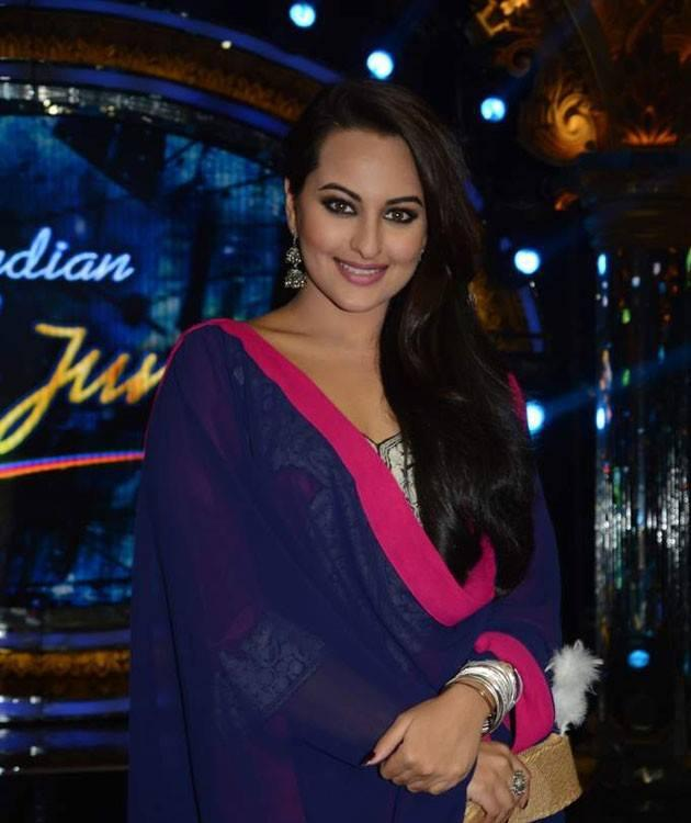 Sonakshi Sinha Nice Pic During The Promotion Of OUATIMD