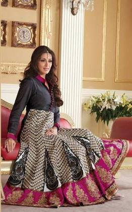 Sonali Bendre In Indian Designer Wear Glamour Look Photo Still