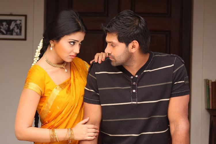 Arya And Shriya Saran A Still From The Movie Love To Love