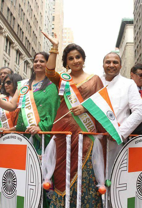 Vidya Balan Waves Hand For Fans At Independence Day Parade In New York