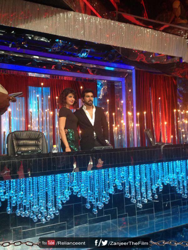 Priyanka And Ram Charan Promote Zanjeer On The Sets Of Jhalak Dikhhla Jaa 6