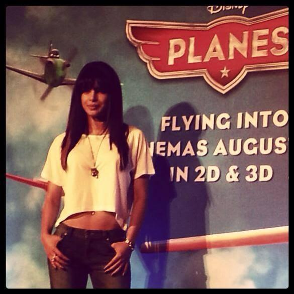 Priyanka Chopra Sexy Look Posed For Camera At Disney's Planes Promotions In Mumbai