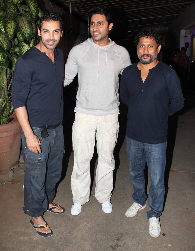 Abhishek,John And Shoojit Pose At The Special Screening Of Madras Cafe