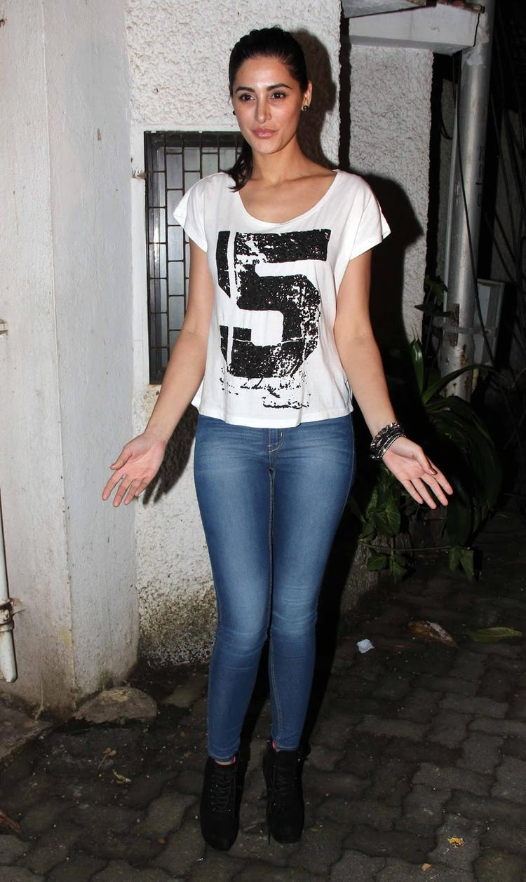 Dazzling Nargis Fakhri Arrives The Special Screening Of Madras Cafe