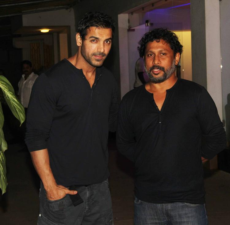 John Abraham And Shoojit Sircar Snapped At The Special Screening Of Madras Cafe